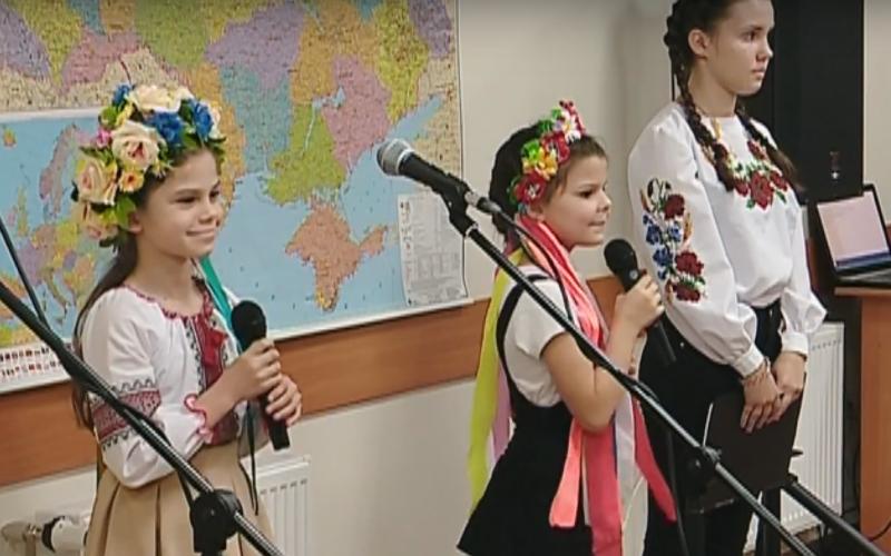В Дніпровській Eпархії діти ''Українського подвір'я'' до Дня Захісника України влаштували свято